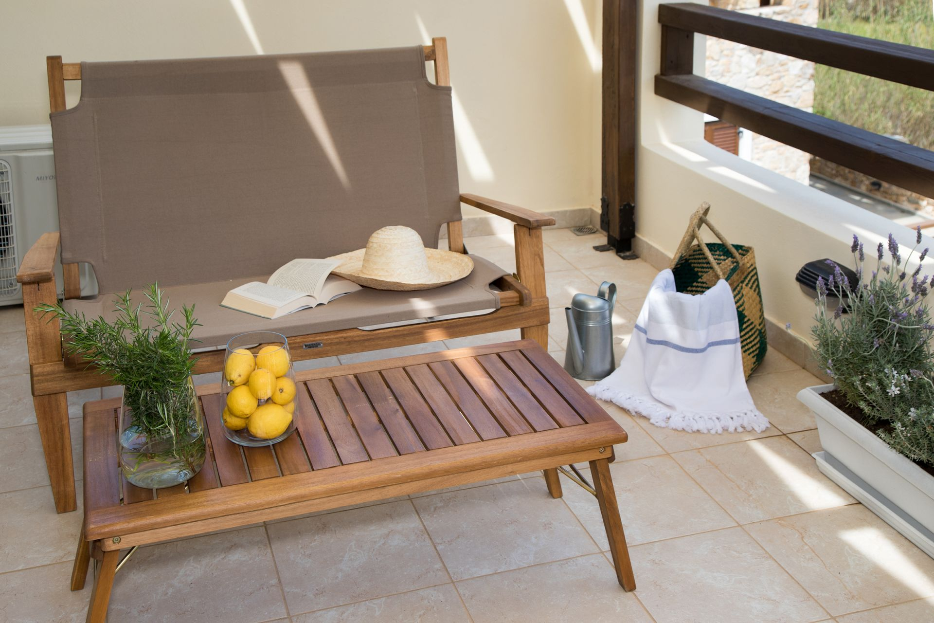 fully-furnished-veranda-syros.jpg